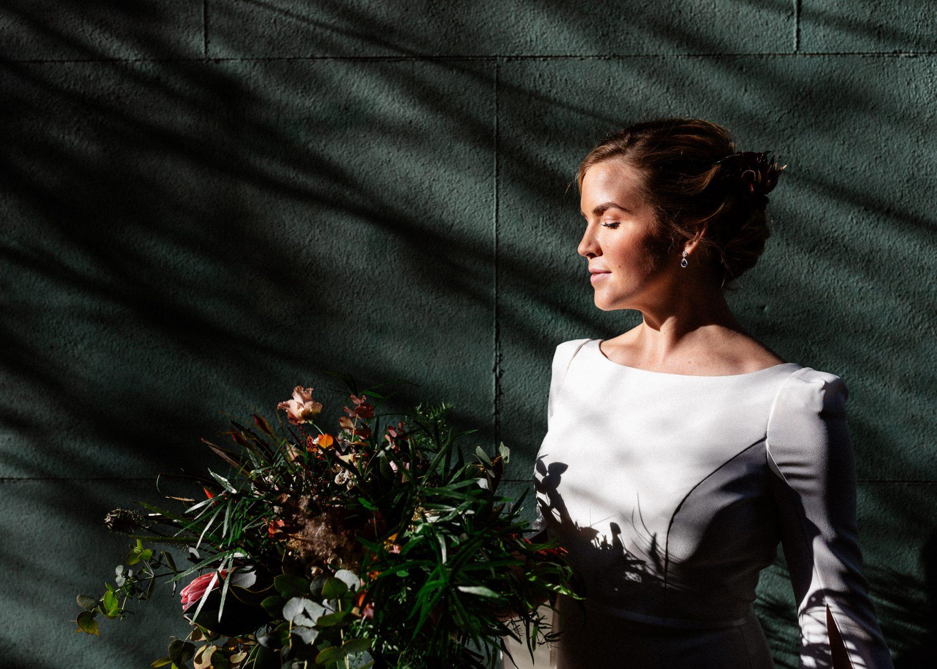 Sassi Holford Bride